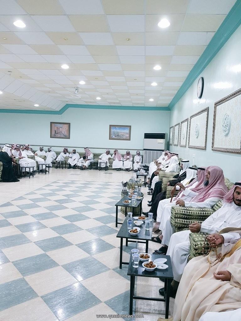 الاستاذ العوفي يحتفل بزواج ابنه الشاب محمد