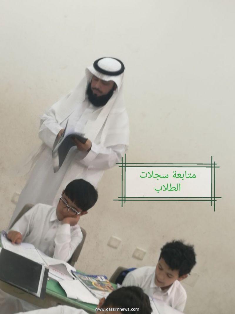 مدير مكتب تعليم الاسياح يتفقد ابتدائية ضيدة