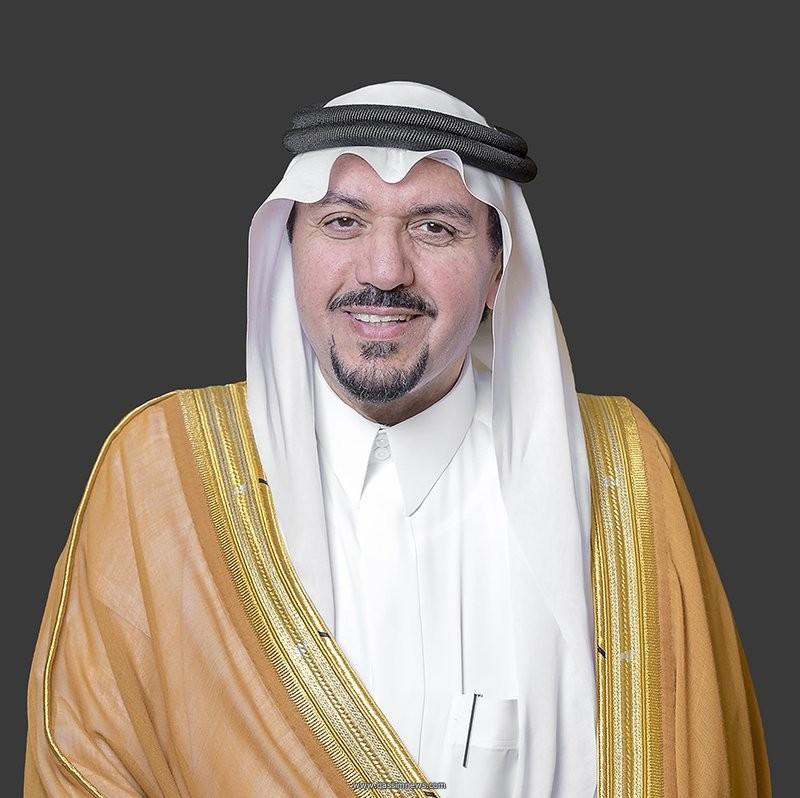 مصورة القصيم نيوز تتلقى خطاب شكر وتقدير من أمير المنطقة