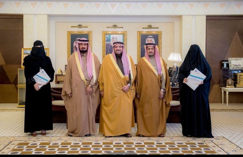 الأمير فيصل بن مشعل يشهد توقيع عقد شراكة بين تعليم القصيم ومجلس الفتيات بالمنطقة