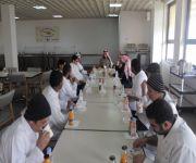 متدربي قسم المختبرات الكيميائية بكلية الغذاء والبيئة في زيارة للدوائية