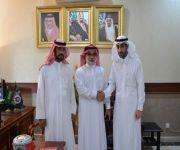 الملحق العسكري بجاكرتا يستقبل رئيس فريق القصيم الأول للسيارات الكلاسيكية