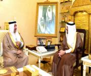 أمير منطقة القصيم يستقبل نائب رئيس هيئة السياحة والتراث الوطني