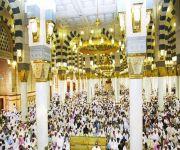 إمام المسجد النبوي يحذر من استهداف الشباب والتشكيك بالقيادة والفتاوى الغريبة