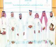 سلطان بن سلمان: التنسيق مع «الشؤون البلدية» لإغلاق أي محطة وقود تهمل نظافة المسجد