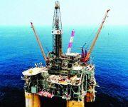 أسعار النفط تجبر الشركات العالمية على إلغاء مشروعات قيمتها 170 مليار دولار