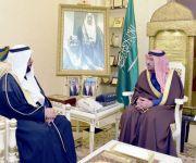 أمير القصيم يستقبل مدير فرع وزارة الإسكان بالمنطقة