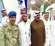 وزير الحرس الوطني يزور جناح شركة الشرق الأوسط لمحركات الطائرات