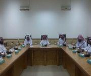 ناقش عددا من المواضيع المدرجة والهامة  . محلي الاسياح يعقد اجتماعا برئاسة المحافظ