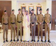 أمير القصيم يكرم أفراد القوة الخاصة لأمن الطرق ويشيد بجهودهم
