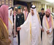 خادم الحرمين يصل إلى مكة لقضاء العشر الأواخر من رمضان بجوار بيت الله الحرام