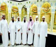 محمد آل نهيان يزور قسم المخطوطات بالمسجد النبوي
