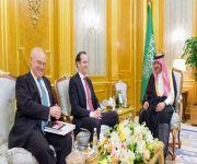 نائب خادم الحرمين يؤكد دعم ووقوف المملكة مع الجهود الدولية للتصدي ضد الإرهاب