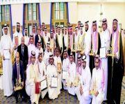 أمير القصيم يكرم المشاركين بملتقى السفر والاستثمار السياحي