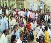 «العمل» تُعيد فتح الاستقدام من «بنغلاديش» لجميع المهن والمنشآت