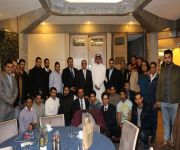 الملحق الثقافي بسفارة المملكة في بريطانيا في زيارة لنادي السعودي بمدنية كيمبردج البريطانية
