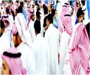 «العمل»: تحظر على المنشآت فصل السعوديين بشكل جماعي وتتوعدها بإيقاف الخدمات