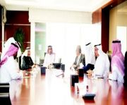 وزير الإسكان يبحث سبل التعاون مع «العربي الوطني» لتنمية قطاع الإسكان