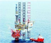 المملكة تخفض أسعار النفط الخفيف لآسيا لأول مرة في ثلاثة أشهر مع استمرار التخمة