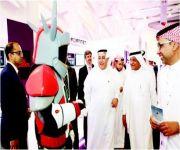 وزير الاتصالات يفتتح معرض «مستقبل التكنولوجيا الرقمية»