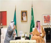 خادم الحرمين يلتقي أمير دولة الكويت