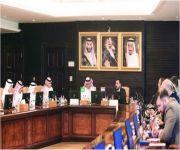 وزير الزراعة العراقي يستعرض مع أصحاب الأعمال السعوديين الفرص الاستثمارية