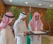 وزير الشؤون الإسلامية استقبل أعضاء جائزة الفوزان لعمارة المساجد