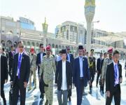 نائب الرئيس الإندونيسي يزور المسجد النبوي