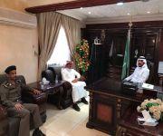 العساف يلتقي بمدير شرطة المحافظة ورئيس البلدية في عيون الجواء