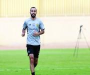 النصر يحفز اللاعبين لهزيمة الفتح بستة آلاف ريال