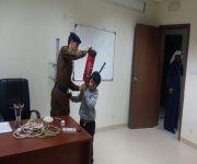مدرسه قصر العبدالله الإبتدائيه تزور الدفاع المدني بمحافطه الاسياح