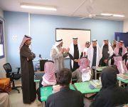 بالصور ..وزير التعليم يتفقد المدارس في القصيم
