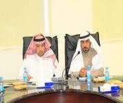 إجتماع بين بلدي ومحلي الاسياح لمناقشة بعض مشاكل المحافظة واحتياجاتها