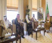 الأمير فهد بن تركي يستقبل محافظ وأعضاء المجلس المحلي بمحافظة عيون الجواء