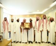 المجماج يكرم جمعية إدارة تعليم البنين بجمعية تحفيظ القران ببريدة