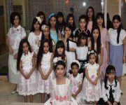 الإعلامية الحسون تحتفل في نجاح إبنتها