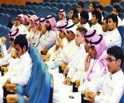 """الشورى يطالب بشمول طلاب الجامعات والزوجة """"السائقة"""" بحساب المواطن"""