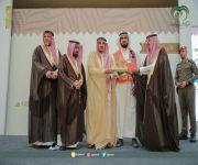 أمير منطقة القصيم يكرّم الهلال الأحمر على المشاركة في مهرجان بريدة للتمور39
