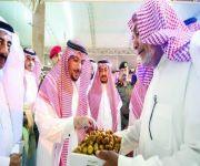 أمير القصيم يشهد مهرجان تمور رياض الخبراء