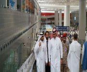 وزير النقل يتفقد سير العمل في صالات الحجاج بمطار المؤسس