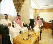 مدير عام الشؤون الإسلامية بالقصيم يستقبل موظفي الفرع للمعايدة