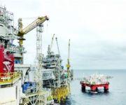 النفط يرتفع مع توقعات تراجع المخزون الأميركي