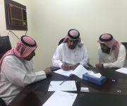 مدير مساجد بريدة يترأس مع عددا ممثلي المؤسسات بحث المشاريع ومتابعة سير العمل في نظافة المساجد