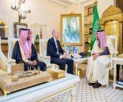 أمير القصيم يستقبل سفير مملكة السويد لدى المملكة