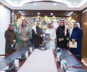مدير تعليم البكيرية يوقع عقد تنفيذ حفل جائزة محمد السويلم للتفوق العلمي والموهبة١٤٤٠هـ