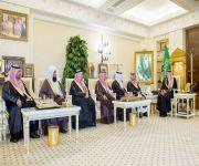 أمير القصيم يستقبل رئيس وأعضاء مجلس إدارة شركة عنيزة الوقفية
