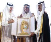أمير القصيم يتوج 330 طالبا بجائزة الحبيّب في تعليم القصيم