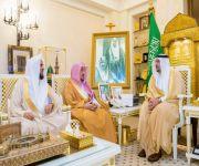 أمير القصيم يستقبل رئيس مجلس إدارة الجمعية الخيرية لتحفيظ القرآن الكريم بالمنطقة