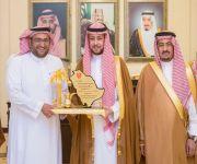 نائب أمير منطقة القصيم يستقبل رئيس ومنسوبي نادي التقدم بمناسبة الصعود لدوري الأمير محمد بن سلمان