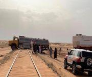 شرطة القصيم توقف مواطناً اقتحم مسار السكة الحديدة بشاحنة